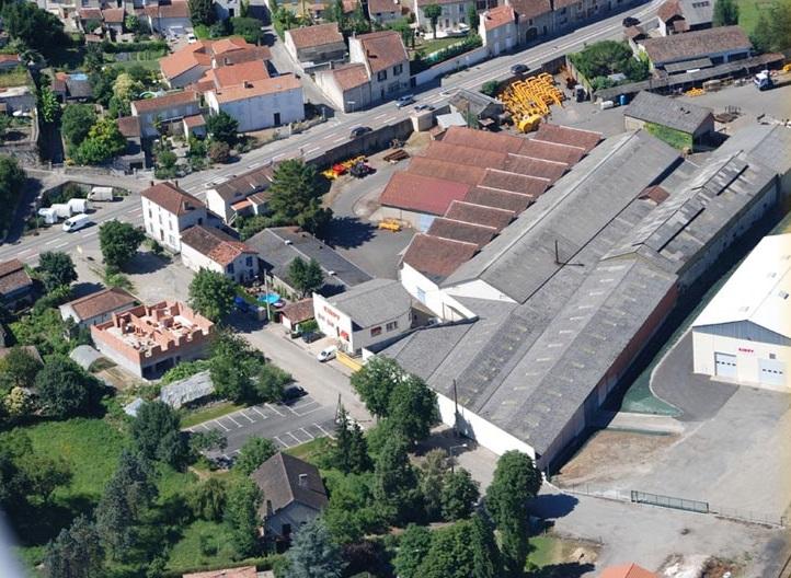 Vue aérienne de l''usine KIRPY à Layrac